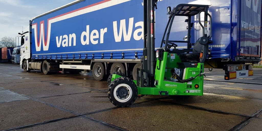 Van der Wal is the first Dutch company to order electric truck mounted forklifts